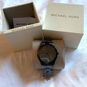 Michael Kors unisex slim runway watch